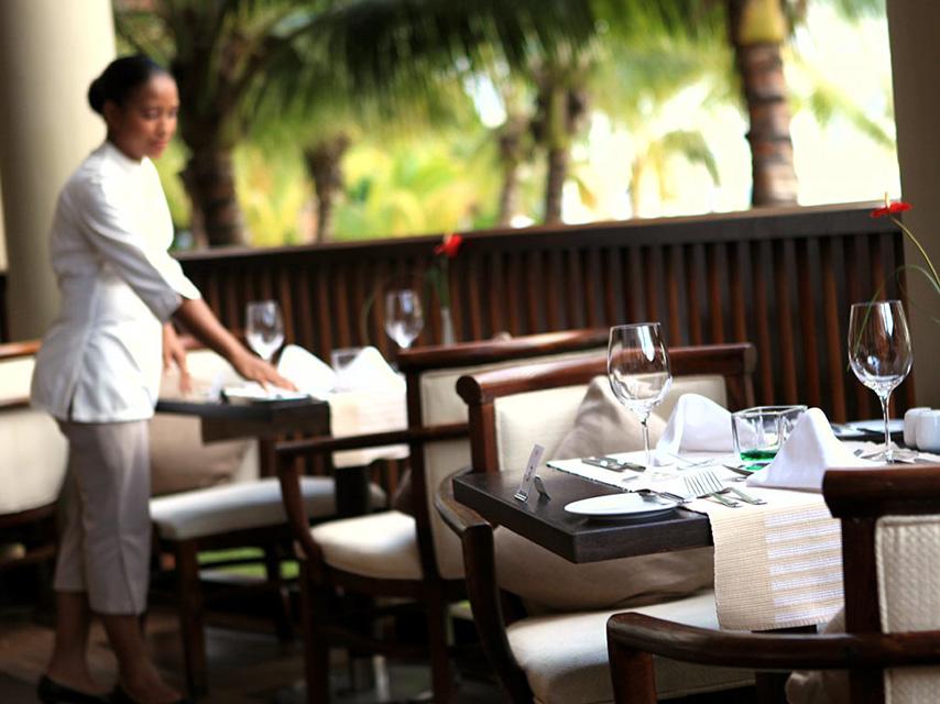 choosing-the-best-restaurant (1)