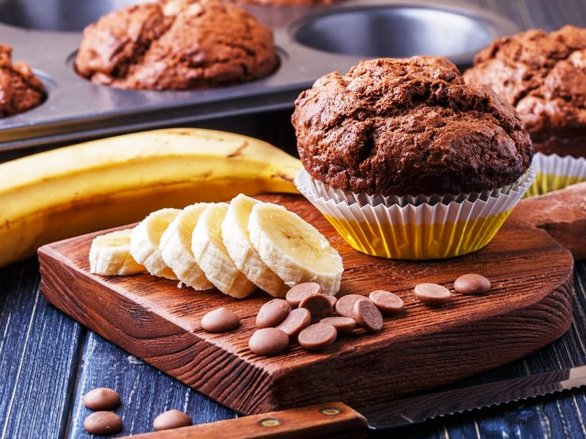 Dark-Chocolate-Banana-Muffins