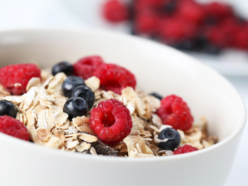 Oats-&-Fruits