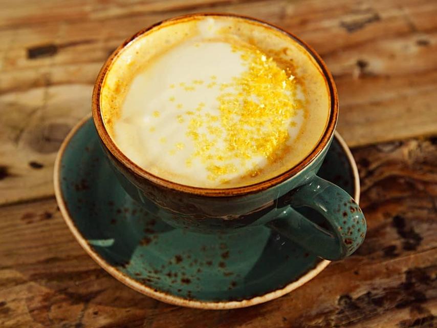 Cafe-au-curcuma