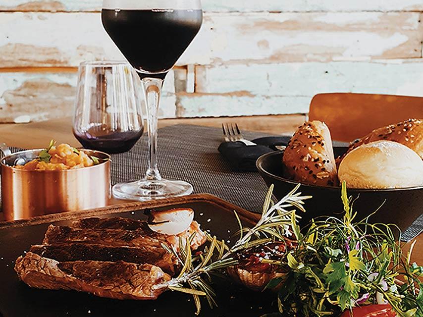 black-rock-le-nouveau-steak-house