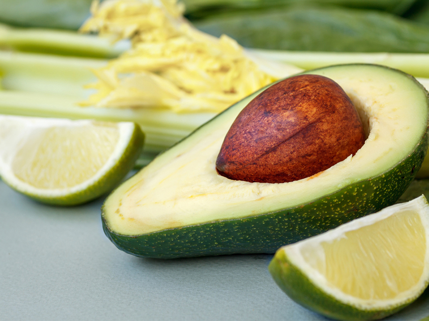 Ways-to-Stop-Avocados-from-Browning