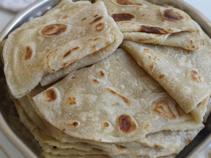 roti farata mauritius street food